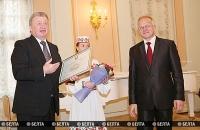 Работникам сферы культуры вручены награды за вклад в возрождение и сохранение историко-культурного наследия Беларуси