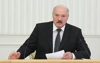 Лукашенко предупреждает о недопустимости невнимательного отношения к людям при борьбе с АЧС