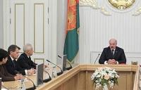 Лукашенко поручил выработать четкие критерии оценки работы послов