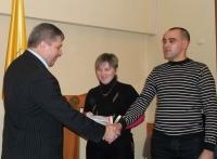 Награды районной власти в Горках получили молодые семьи и операторы машинного доения