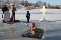 Желающих окунуться на Крещение в Горах было немало!!!