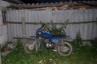 В Горецком районе бесправница на мотоцикле врезалась в забор